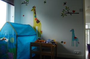 Toddler's bedroom (girl) - before