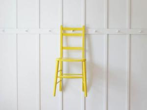 shaker peg rail and chair - High Road House - Remodelista